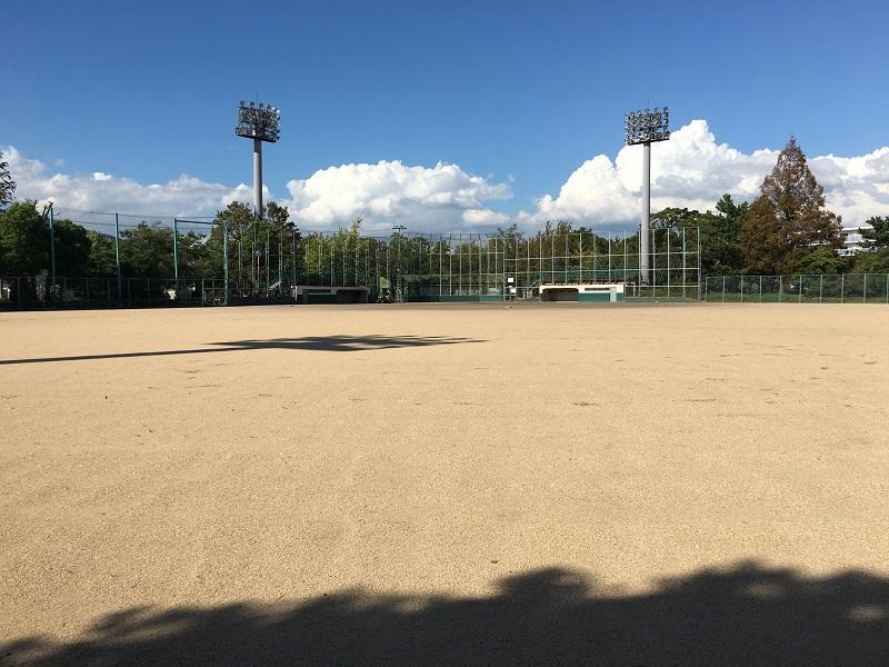 中央公園野球場